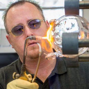 ساخت شیشه آلات
